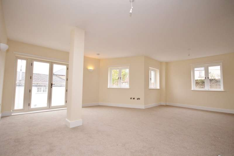 2 Bedrooms Apartment Flat for rent in Queens Road, Richmond, North Yorkshire DL10