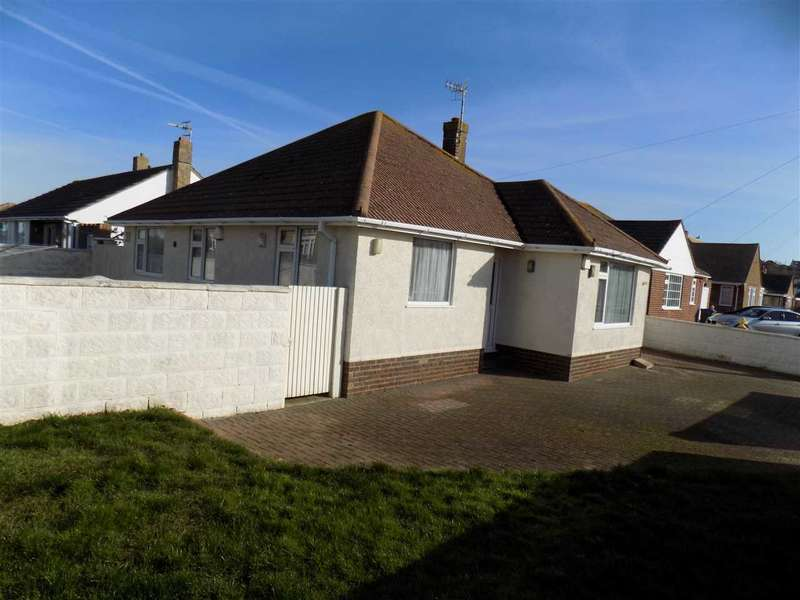 3 Bedrooms Bungalow for sale in Roundhay Avenue, Peacehaven