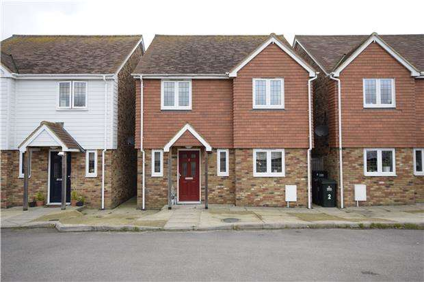 4 Bedrooms Detached House for rent in Orchard Way, Westfield