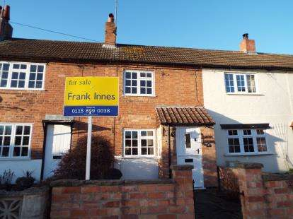 2 Bedrooms Terraced House for sale in Main Street, Lambley, Nottingham