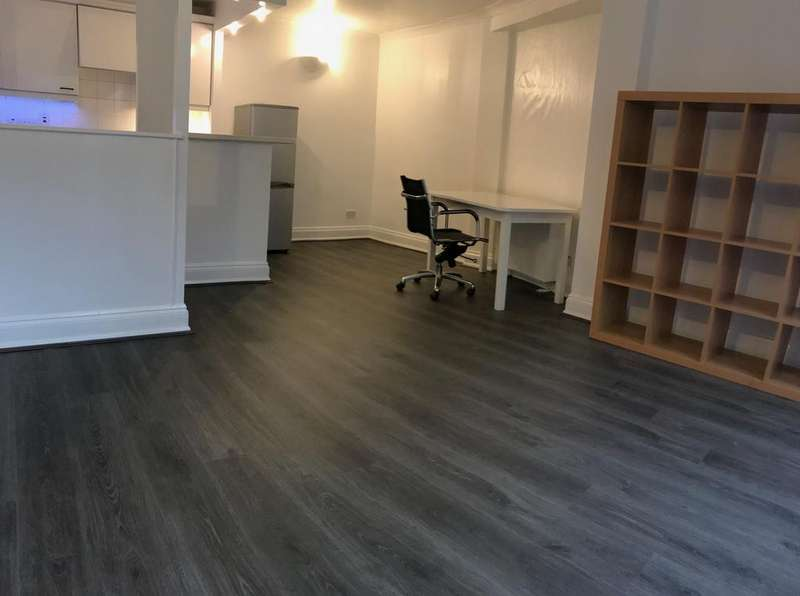 1 Bedroom Apartment Flat for sale in Hayfield Passage, London E1