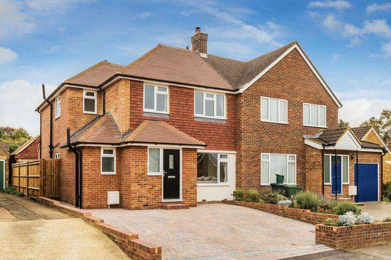 4 Bedrooms Semi Detached House for sale in The Greenwood