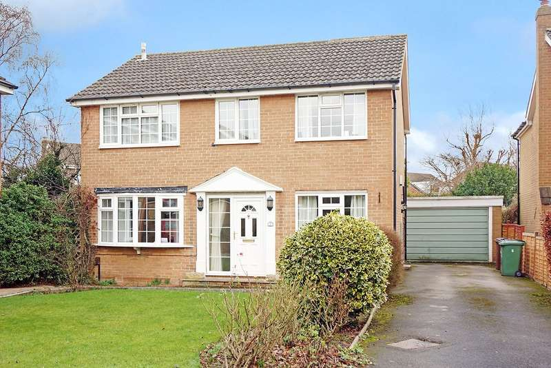 4 Bedrooms Detached House for sale in Leven Gardens, Wetherby, LS22