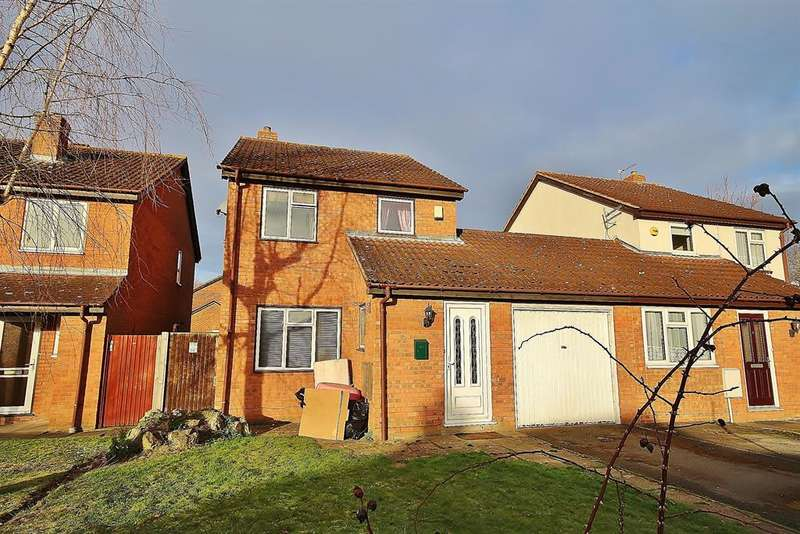 3 Bedrooms Link Detached House for sale in Rowlheys Place, West Drayton, UB7 9NQ
