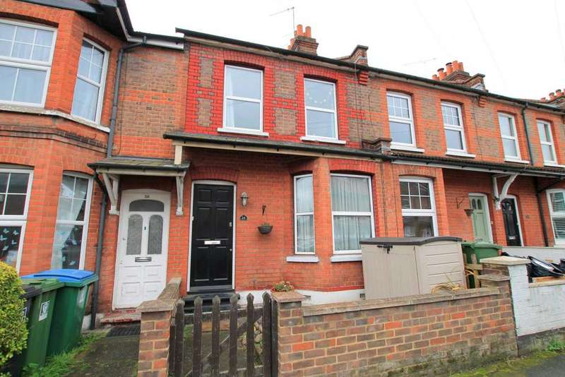 3 Bedrooms Terraced House for sale in Cromer Road, Watford