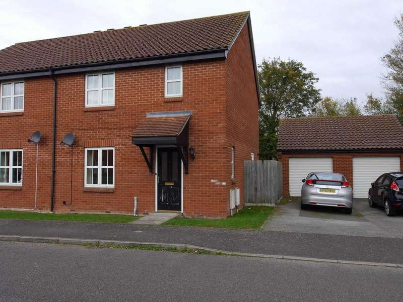 3 Bedrooms Semi Detached House for rent in 5 Malyon Road, Hadleigh, Ipswich, Suffolk, IP7 6RE