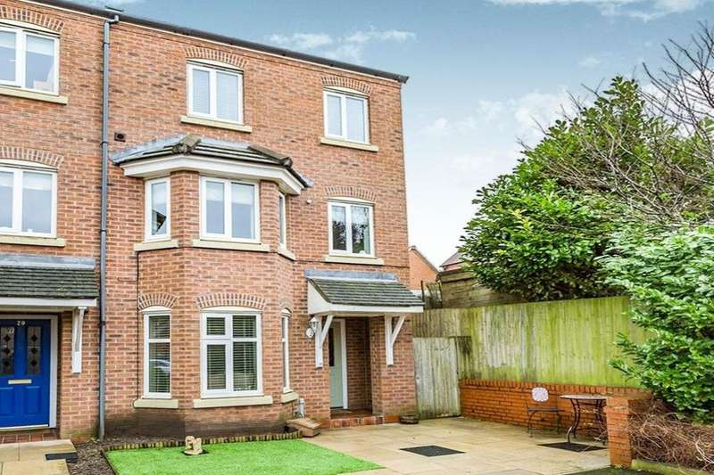 3 Bedrooms Semi Detached House for sale in Goldfinch Drive, Catterall, Preston, PR3