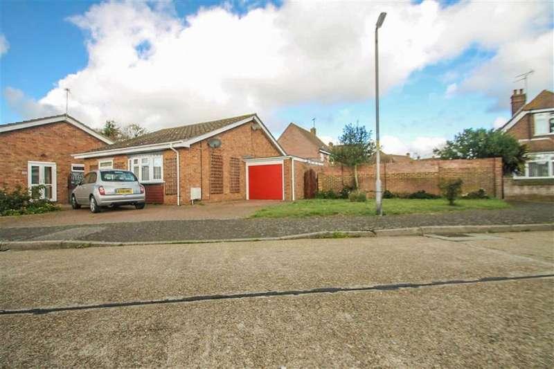 2 Bedrooms Detached Bungalow for sale in Stambridge Road, Clacton-on-Sea
