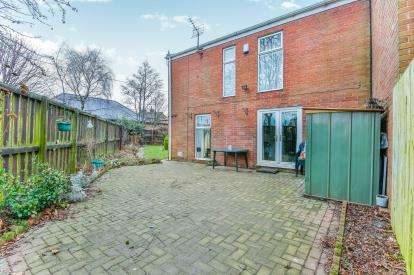 3 Bedrooms Terraced House for sale in Franklin Court, Washington, Tyne and Wear, NE37