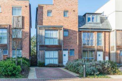 4 Bedrooms Semi Detached House for sale in Trumpington, Cambridge
