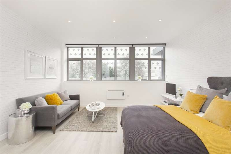 Flat for sale in Talbot Skyline, 204-226 Imperial Drive, Harrow, Middlesex, HA2