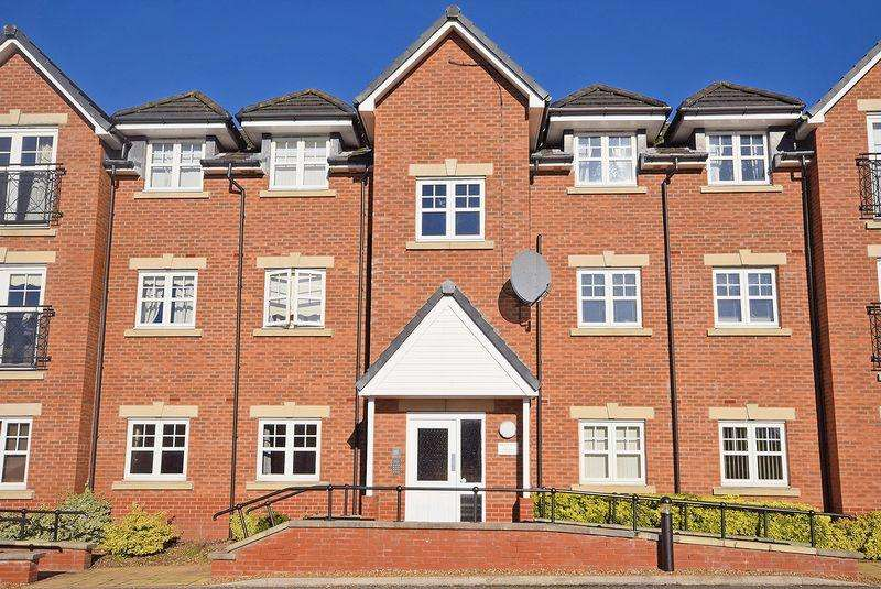 2 Bedrooms Apartment Flat for sale in College Fields, Widnes