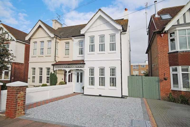 5 Bedrooms Semi Detached House for sale in Valencia Road, Worthing BN11 4QB