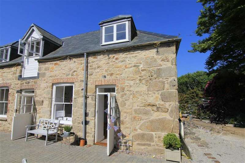 Semi Detached House for sale in Holman Park, Camborne, Camborne, Cornwall, TR14