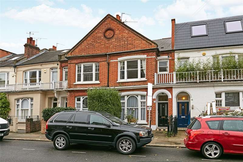 2 Bedrooms Flat for sale in Peterborough Road, Parsons Green, Fulham, London, SW6