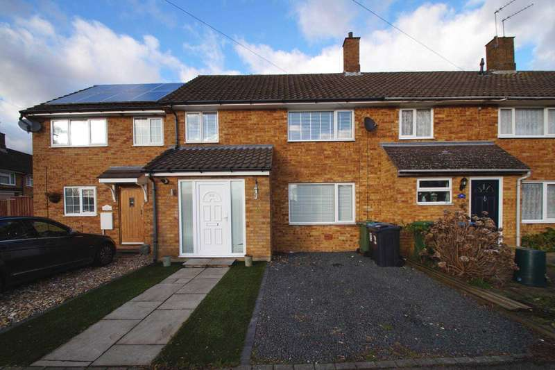 3 Bedrooms Terraced House for sale in Long Chaulden, Hemel Hempstead