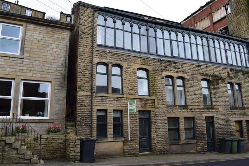 1 Bedroom Terraced House for sale in Station Road, Holmfirth, HD9