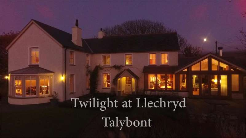 5 Bedrooms Detached House for sale in Llechryd, Talybont, Gwynedd