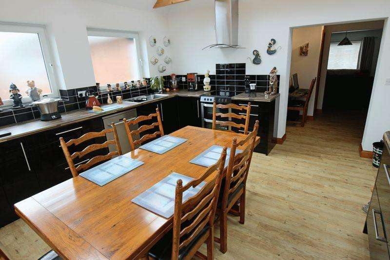 2 Bedrooms Apartment Flat for sale in Hervey Street, Lowestoft