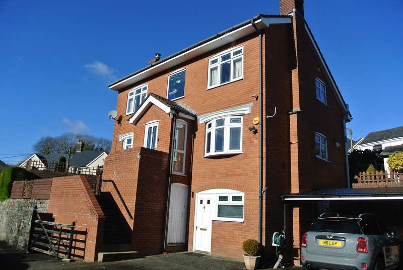 3 Bedrooms Detached House for sale in Chapel Road, Pontnewynydd, Pontypool, NP4