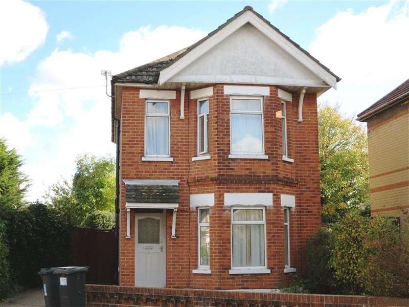 4 Bedrooms House for rent in Bemister Road, Winton, Bournemouth, Dorset