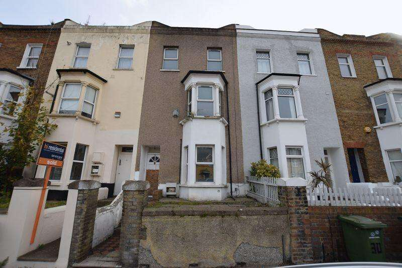4 Bedrooms Terraced House for sale in Brookhill Road, Woolwich, SE18 6TU