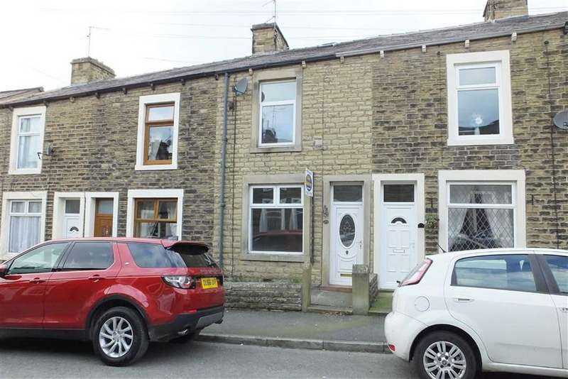 3 Bedrooms Terraced House for sale in Shuttleworth Street, Earby, Lancashire, BB18
