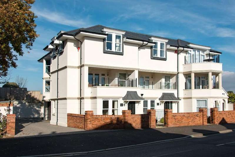 4 Bedrooms Town House for sale in MUDEFORD