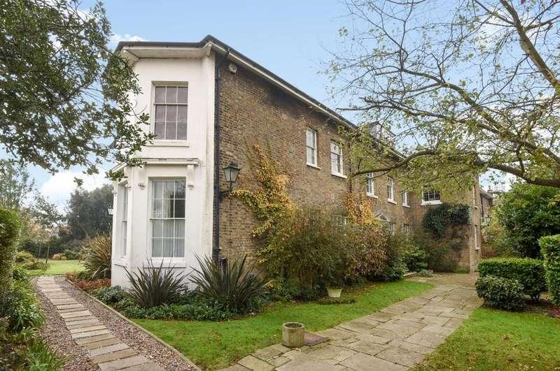 3 Bedrooms Flat for sale in Blackheath Park Blackheath SE3