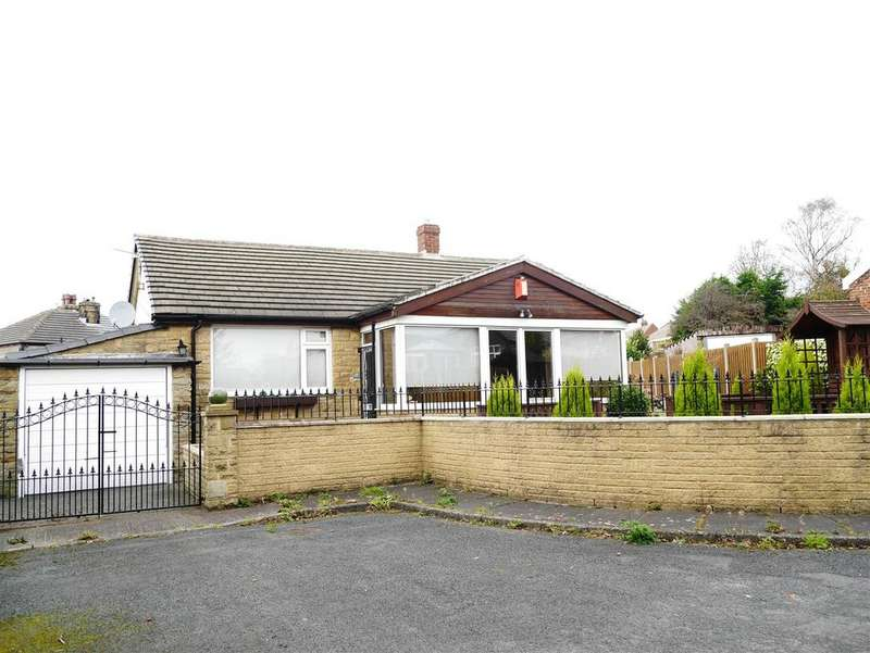 2 Bedrooms Detached Bungalow for sale in Thorn Close, Shipley, BD18 1NH