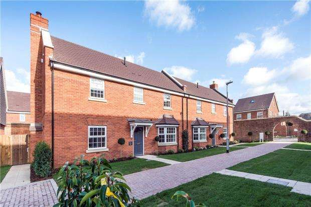 4 Bedrooms Semi Detached House for sale in Terrace Road North, Binfield, Berkshire