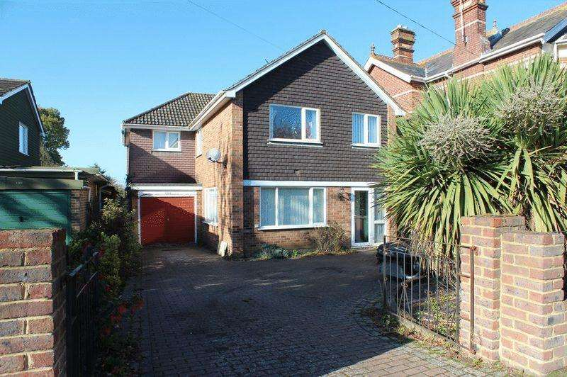 4 Bedrooms Detached House for sale in Paddock Wood
