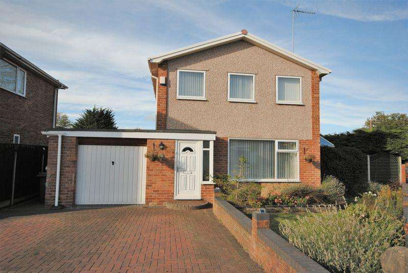 3 Bedrooms Detached House for sale in Braeside Gardens, Upton