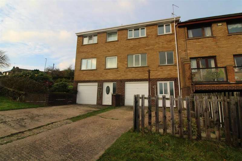 3 Bedrooms Terraced House for rent in Spring Lane, Holmfirth, HD9 2LN