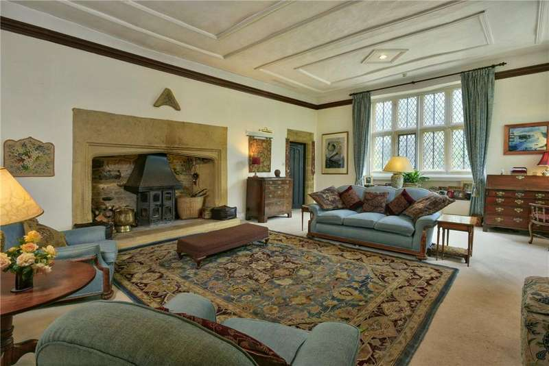 5 Bedrooms Detached House for sale in East Coker, Yeovil, Somerset, BA22