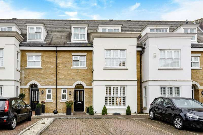 4 Bedrooms Terraced House for sale in Deveraux Close, Beckenham