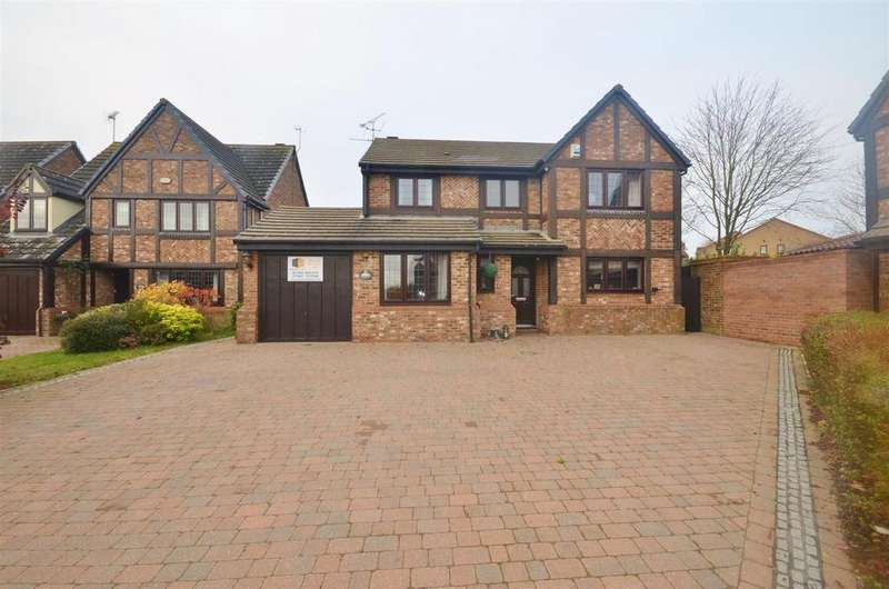 5 Bedrooms Detached House for sale in Milburn Close, Barton Hills