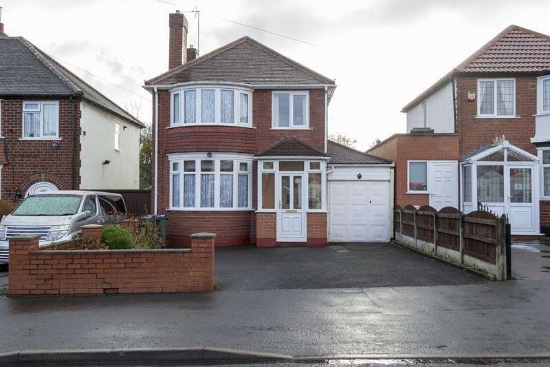 3 Bedrooms Detached House for sale in Queens Drive, Rowley Regis