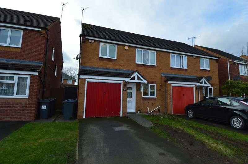 3 Bedrooms Semi Detached House for rent in Honeycomb Way, Northfield, Birmingham, B31