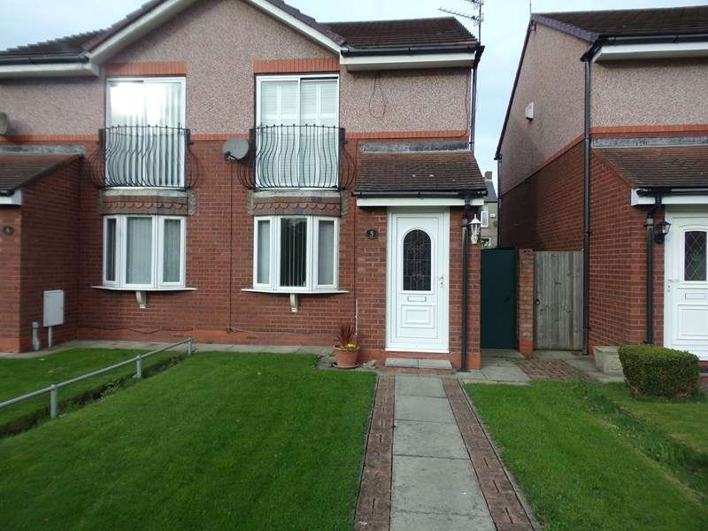2 Bedrooms Property for sale in Hedley Court, Blyth, Northumberland, NE24 3JJ