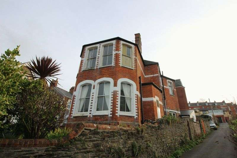 4 Bedrooms Property for sale in Church Road, Ilfracombe
