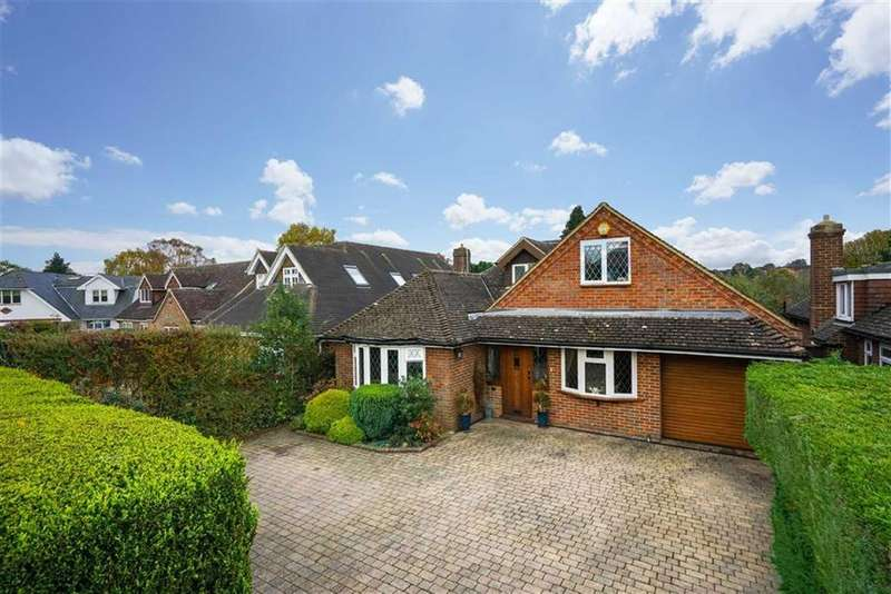 4 Bedrooms Detached Bungalow for sale in Meadway, Harpenden, Hertfordshire