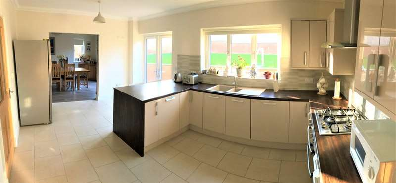 5 Bedrooms Detached House for sale in Maesydderwen, Cardigan, Ceredigion, SA43