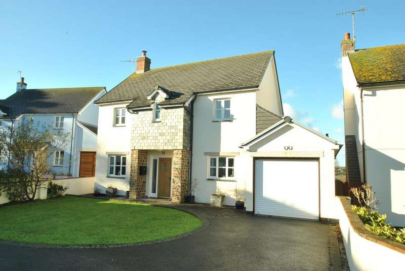 4 Bedrooms Detached House for sale in Boundary Drive, Marhamchurch