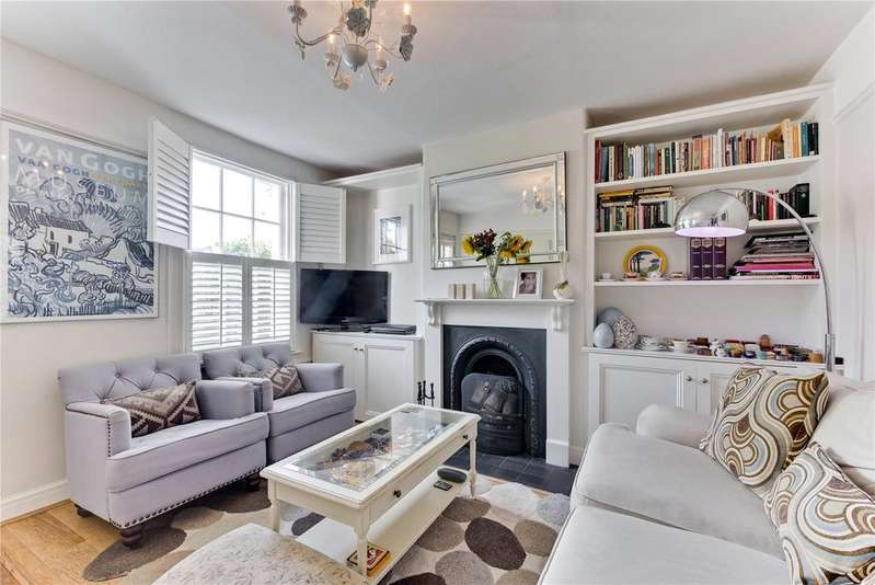 2 Bedrooms Terraced House for sale in Woods Cottages, Weston Green, Thames Ditton, Surrey, KT7