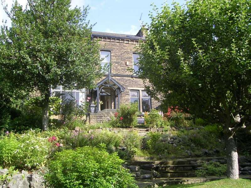 7 Bedrooms Detached House for sale in Cliffe Lane South, Baildon