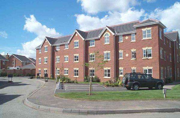 2 Bedrooms Apartment Flat for rent in Conifer Place, Stourport on Severn DY13 9GR