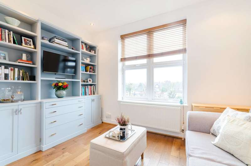 1 Bedroom Flat for sale in Harold Road, Crystal Palace, SE19