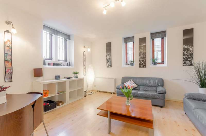 1 Bedroom Flat for sale in St Leonards Road, Poplar, E14