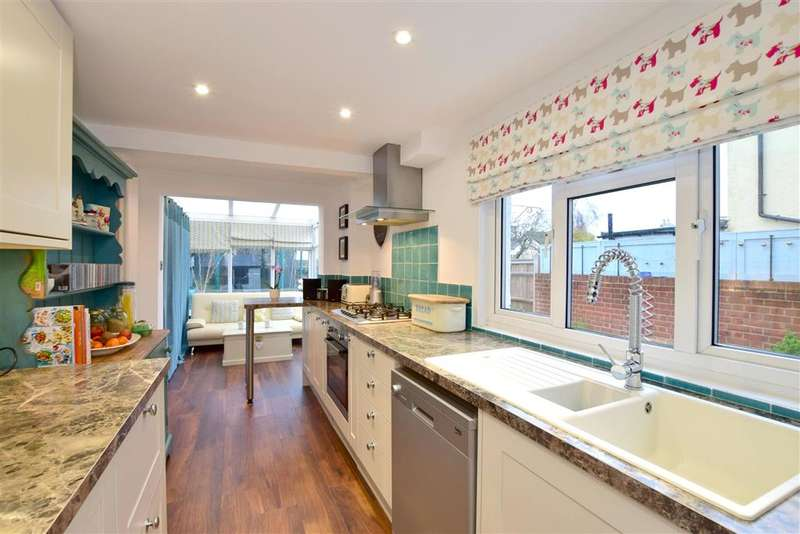 2 Bedrooms Semi Detached House for sale in William Street, , Tunbridge Wells, Kent